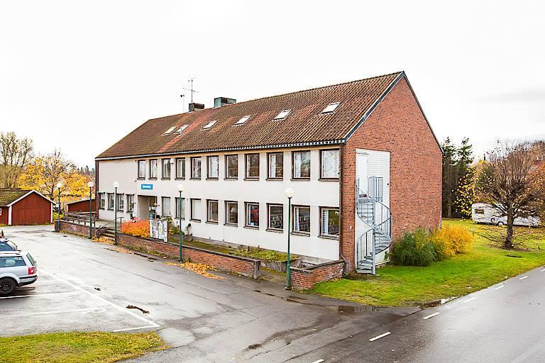 SB Projektutveckling förvärvar Karlsborgs kommuns gamla kommunhus.
